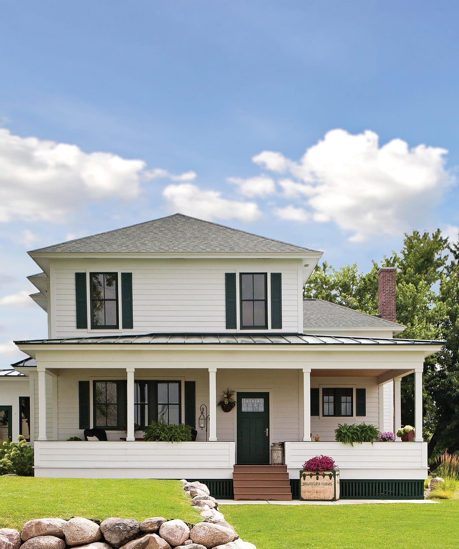 Spirit Of Brandtjen Farm – Robert Thomas Homes Design Studio